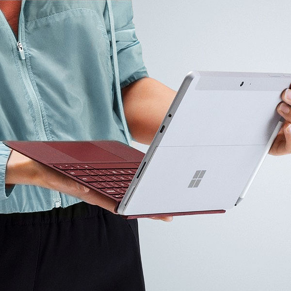 Планшеты Microsoft Surface Go и Lenovo Tablet 10