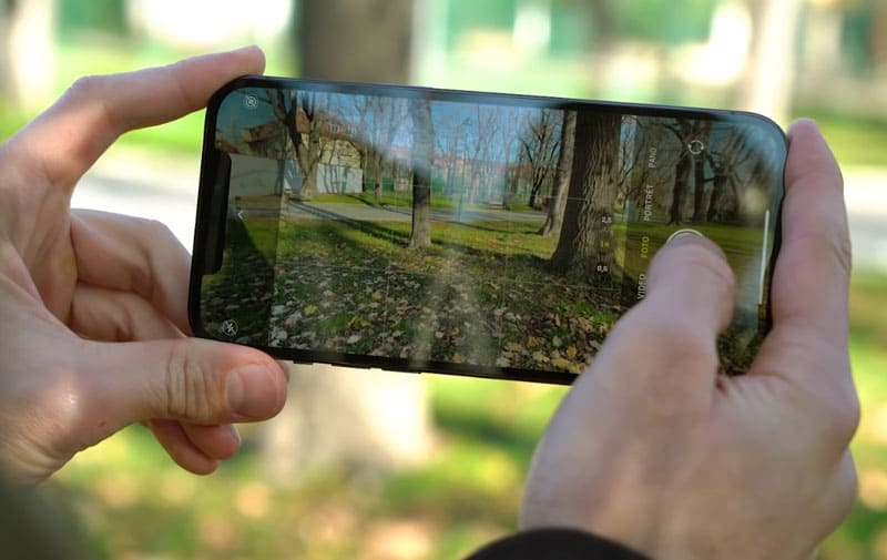 Камера iPhone 12 Pro Max